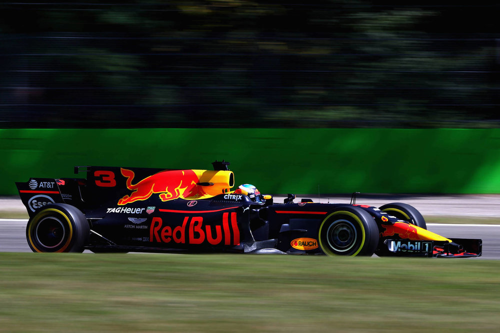H 2017 Daniel Ricciardo | Red Bull RB13 | 2017 Italian GP P4 1 copy.jpg