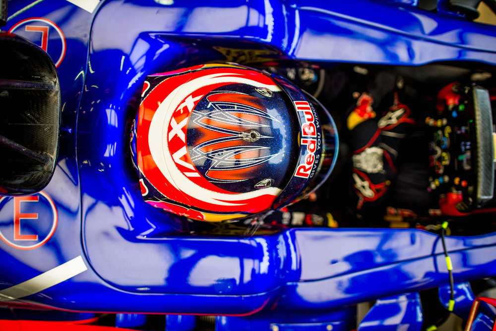 2017 Daniil Kvyat | Toro Rosso STR12 | 2017 Singapore GP FP2 2 Photo by Peter Fox:Getty Images copy.jpg