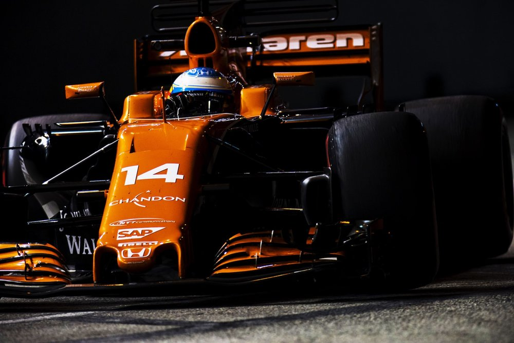 2017 Fernando Alonso | McLaren MCL32 | 2017 Singapore GP FP2 1 copy.jpg