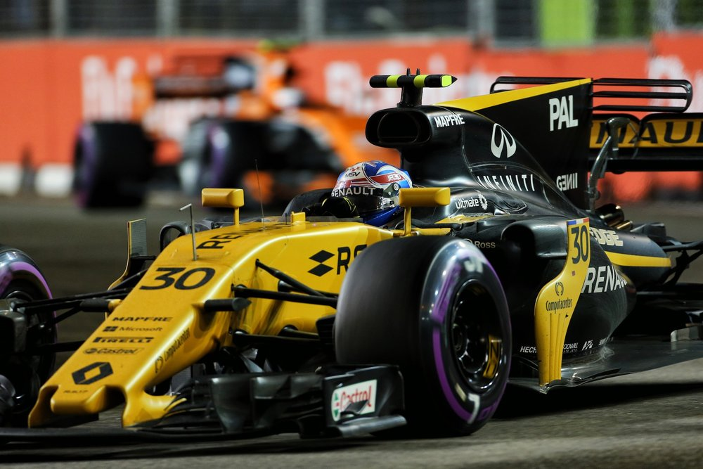 F 2017 Jolyon Palmer | Renault RS17 | 2017 Singapore GP P6 3 copy.jpg