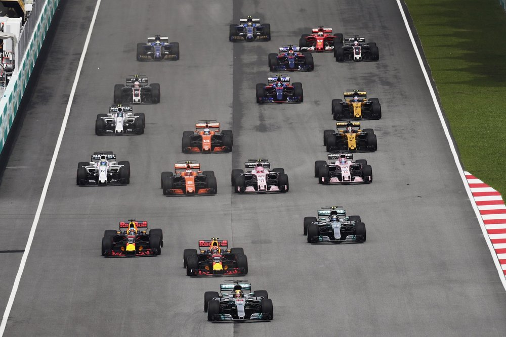 B 2017 Malaysia GP start 1 copy.jpg