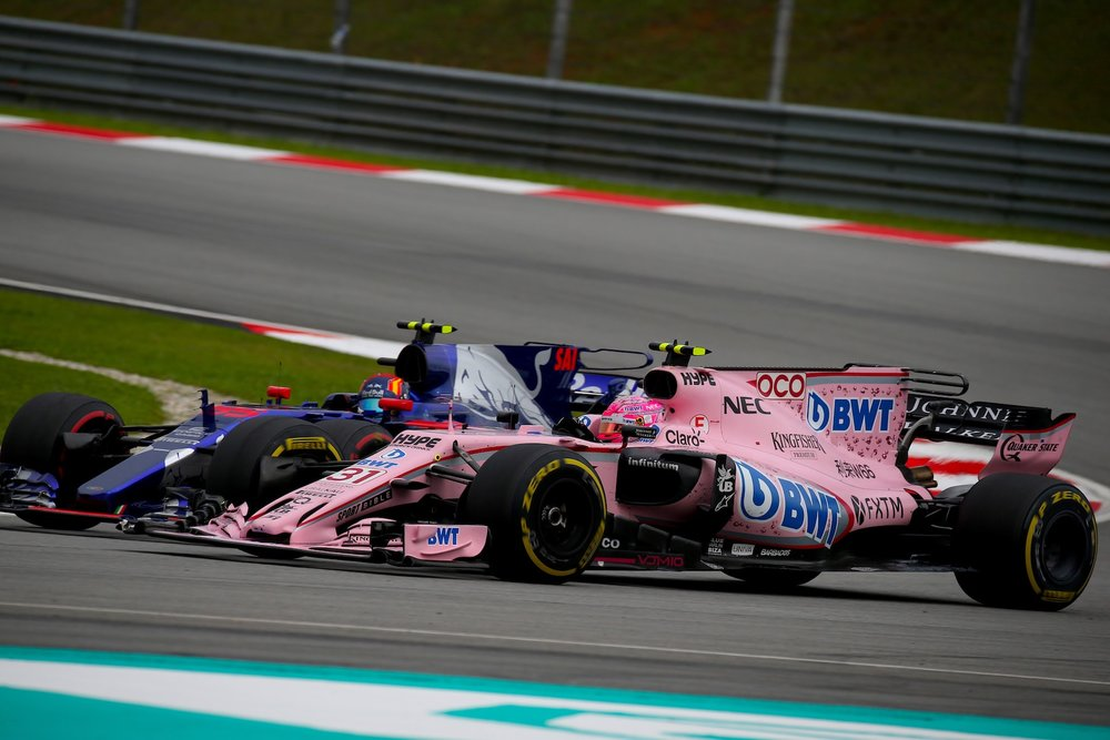 G 2017 Esteban Ocon | Force India VJM10 | 2017 Malaysia GP P10 1 copy.jpg