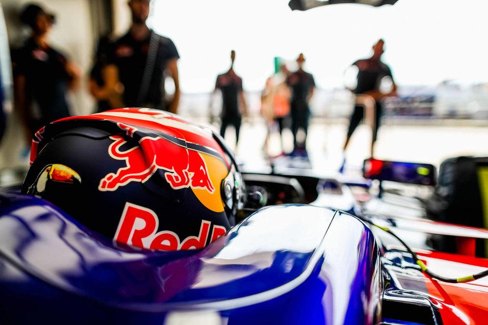 2017 Daniil Kvyat | Toro Rosso | STR12 | 2017 USGP FP2 1 copy.jpg