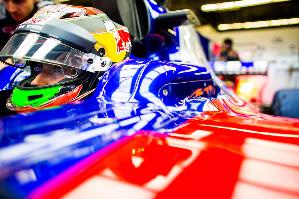 A 2017 Brendon Hartley | Toro Rosso STR12 | 2017 USGP P13 1 Photo by Peter Fox:Getty Images copy.jpg