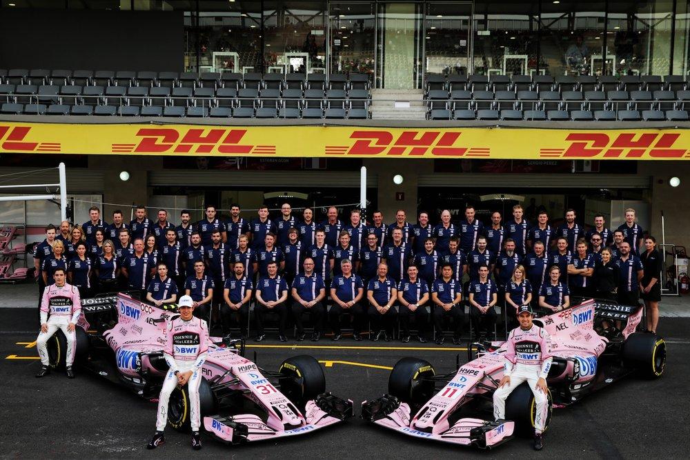 2017 Force India Team family photo copy.jpg