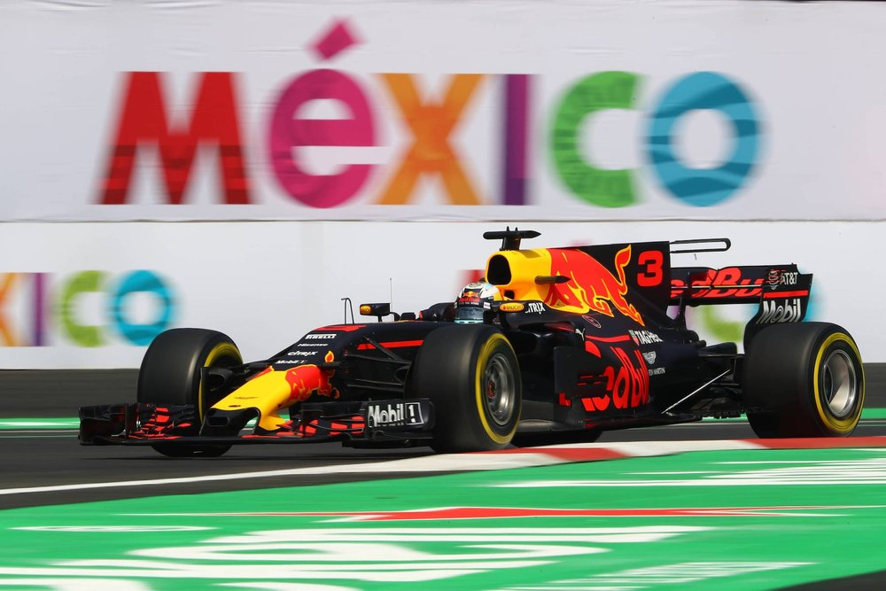 M 2017 Daniel Ricciardo | Red Bull RB13 | 2017 Mexican GP FP3 1 Photo by Clive Rose copy.jpg