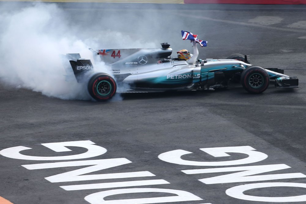 S 2017 Lewis Hamilton | Mercedes W08 | 2017 Mexican GP WDC 3 copy.jpg