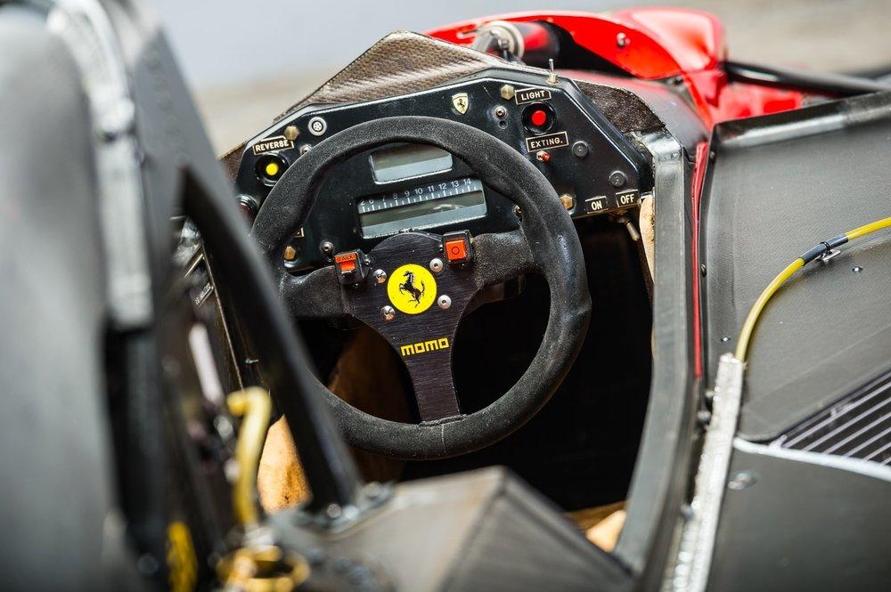 1989 Gerhard Berger Ferrari 640 12.jpg
