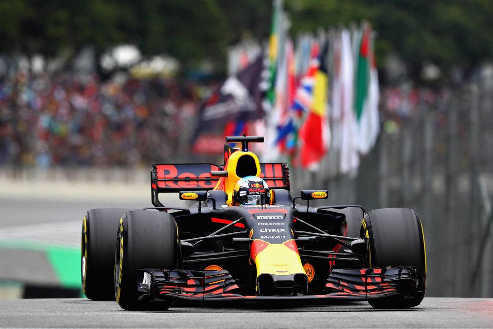 2017 Daniel Ricciardo | Red Bull RB13 | 2017 Brazilian GP copy.jpg