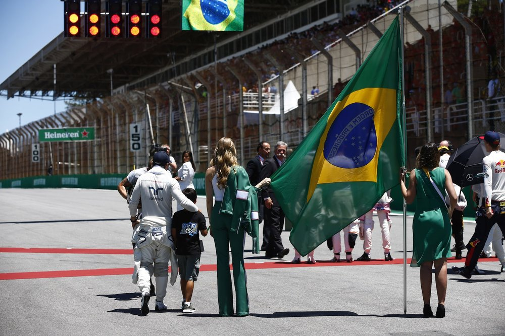 A 2017 Felipe Massa | Williams Fw40 | 2017 Brazilian GP P7 3 copy.JPG
