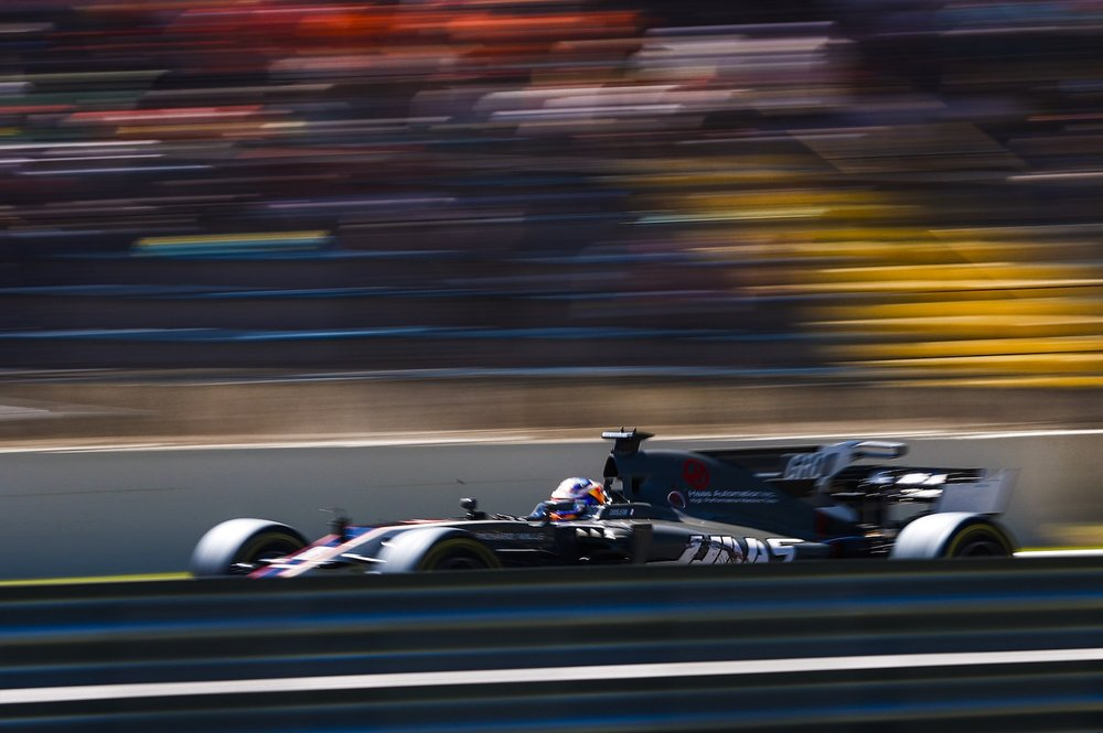 H 2017 Romain Grosjean | Haas VF17 | 2017 Brazilian GP 1 copy.jpg