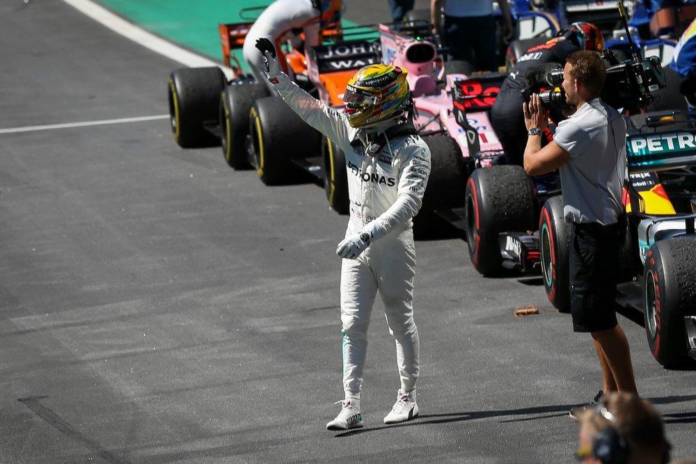 X 2017 Lewis Hamilton | Mercedes W08 | 2017 Brazilian GP P4 2 copy.jpg