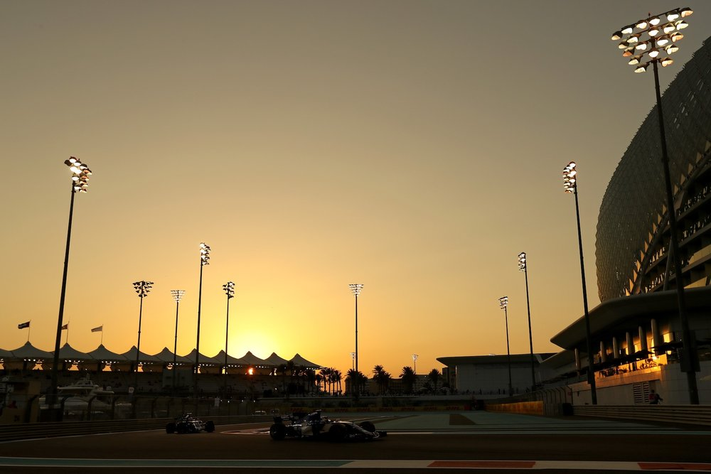 2017 Abu Dhabi GP sunset 1 copy.jpg