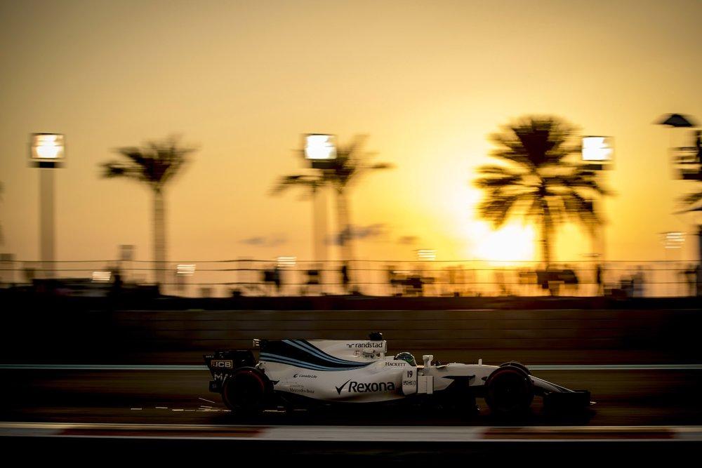 2017 Felipe Massa | Williams FW40 | 2017 Abu Dhabi GP FP2 2 copy.jpg