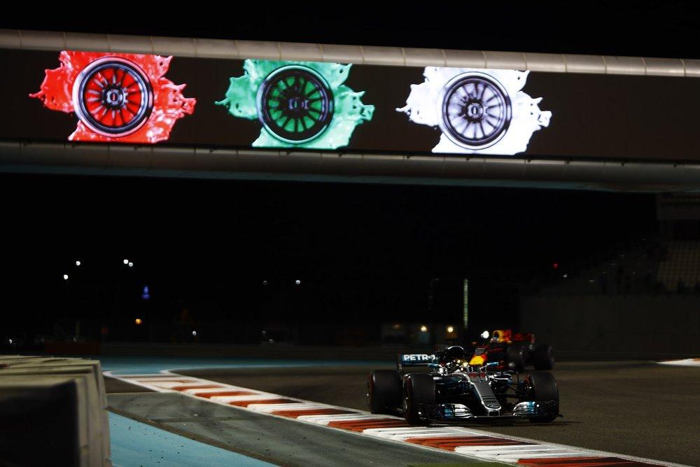 2017 Lewis Hamilton | Mercedes W08 | 2017 Abu Dhabi GP FP2 1 Photo by Steven Tee copy.jpg