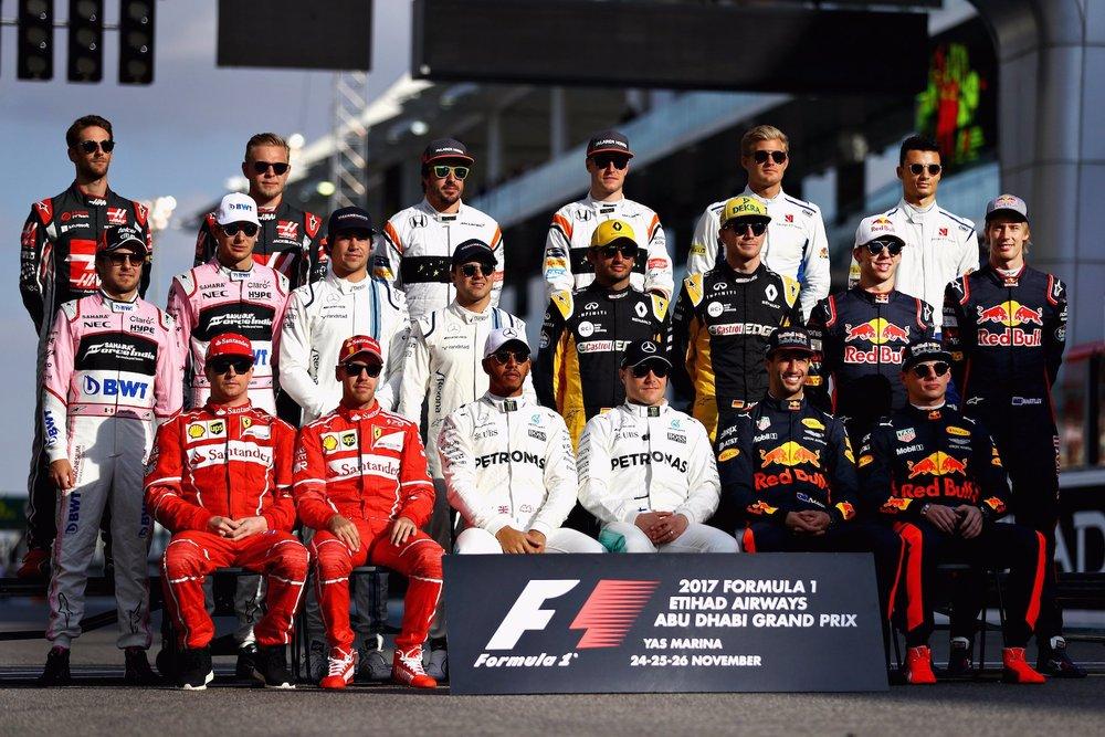 A 2017 F1 Class photo | 2017 Abu Dhabi GP copy.jpg