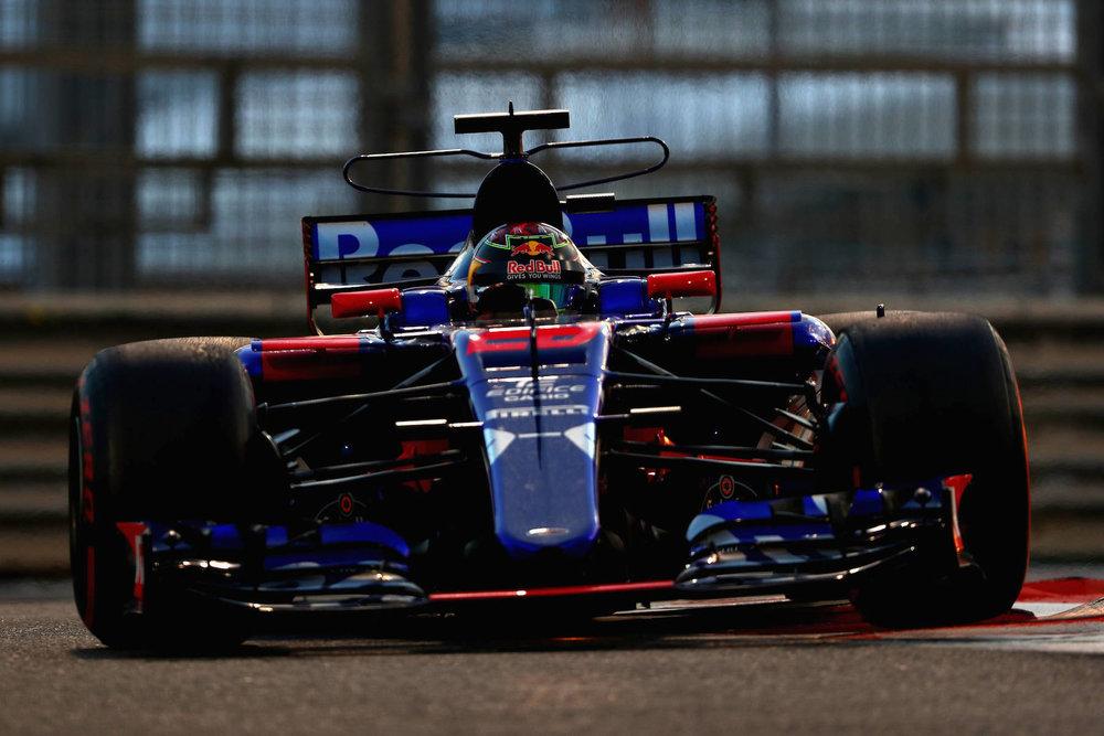 F 2017 Brandon Hartley | Toro Rosso STR12 | 2017 Abu Dhabi GP 2 copy.jpg