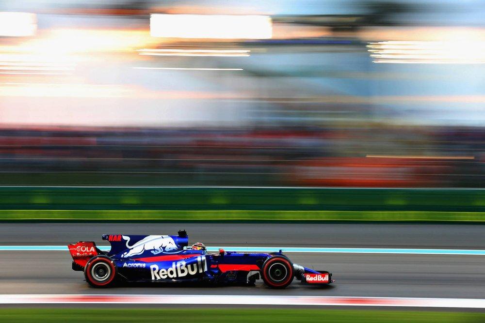 F 2017 Pierre Gasly | Toro Rosso STR12 | 2017 Abu Dhabi GP 1 copy.jpg