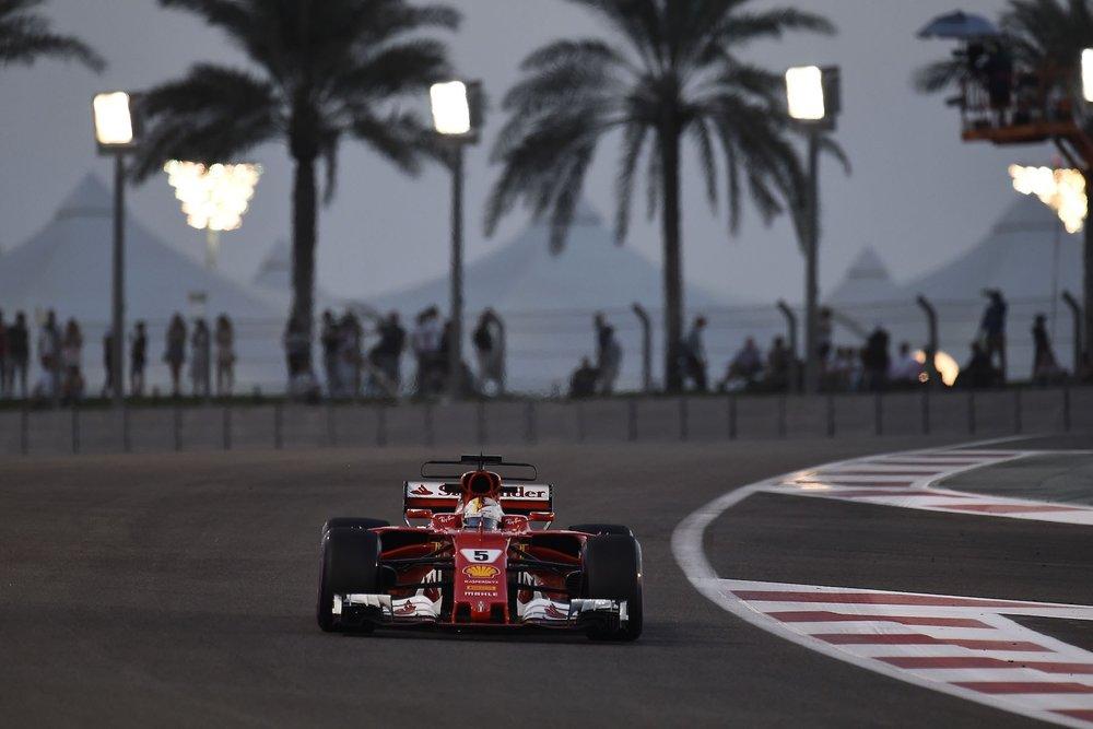 F 2017 Sebastian Vettel | Ferrari SF70H | 2017 Abu Dhabi GP Q3 2 copy.jpg