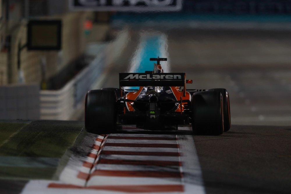 G 2017 Fernando Alonso | McLaren MCL32 | 2017 Abu Dhabi GP 1 copy.jpg