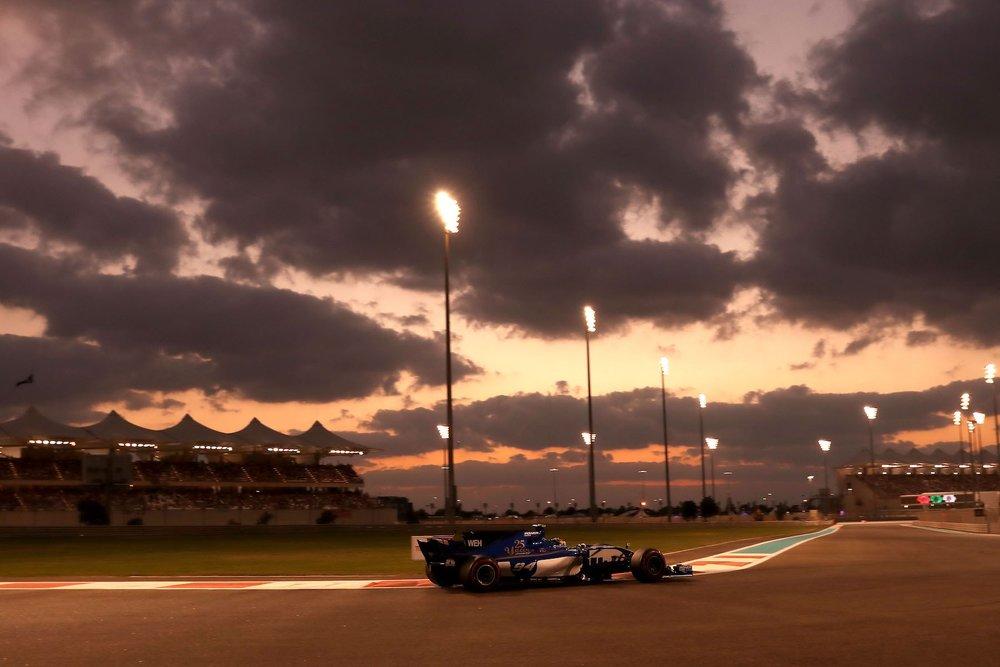 G 2017 Pascal Wehrlein | Sauber C36 | 2017 Abu Dhabi GP 1 copy.jpg
