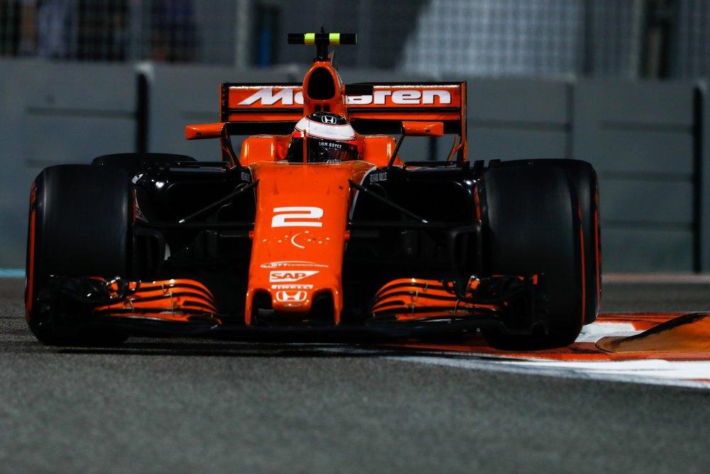 H 2017 Stoffel Vandoorne | McLaren MCL32 | 2017 Abu Dhabi GP 1 copy.jpg