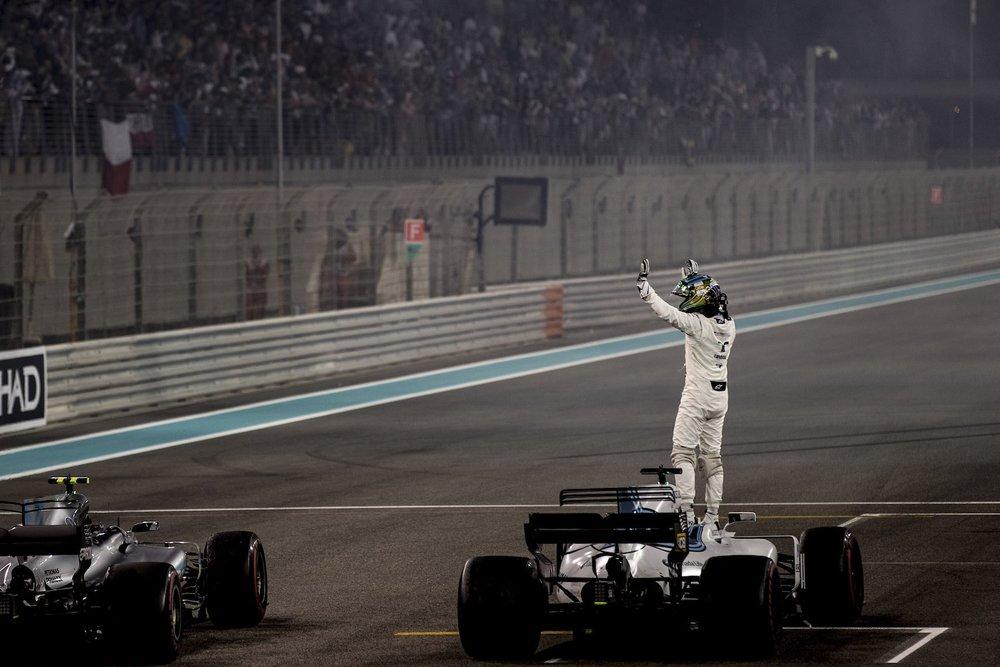 U 2017 Felipe Massa | Williams FW40 | 2017 Abu Dhabi GP 1 copy.jpg