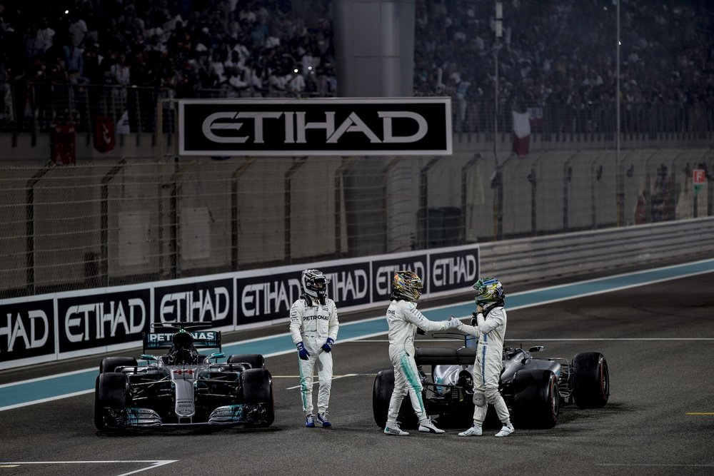 U 2017 Felipe Massa | Williams FW40 | 2017 Abu Dhabi GP 2 copy.jpg