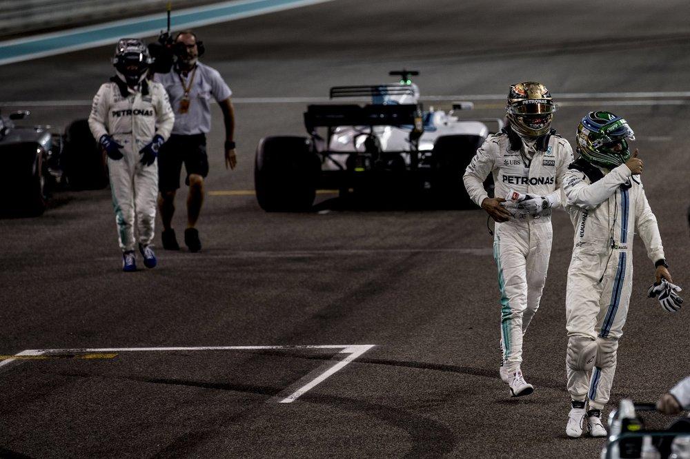 U 2017 Felipe Massa | Williams FW40 | 2017 Abu Dhabi GP 3 copy.jpg