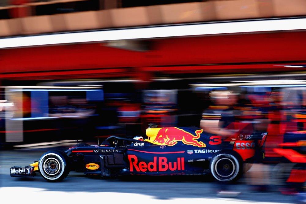 2018 Daniel Ricciardo   Red Bull RB14   Test 2 Day 2 Barcelona copy.jpg