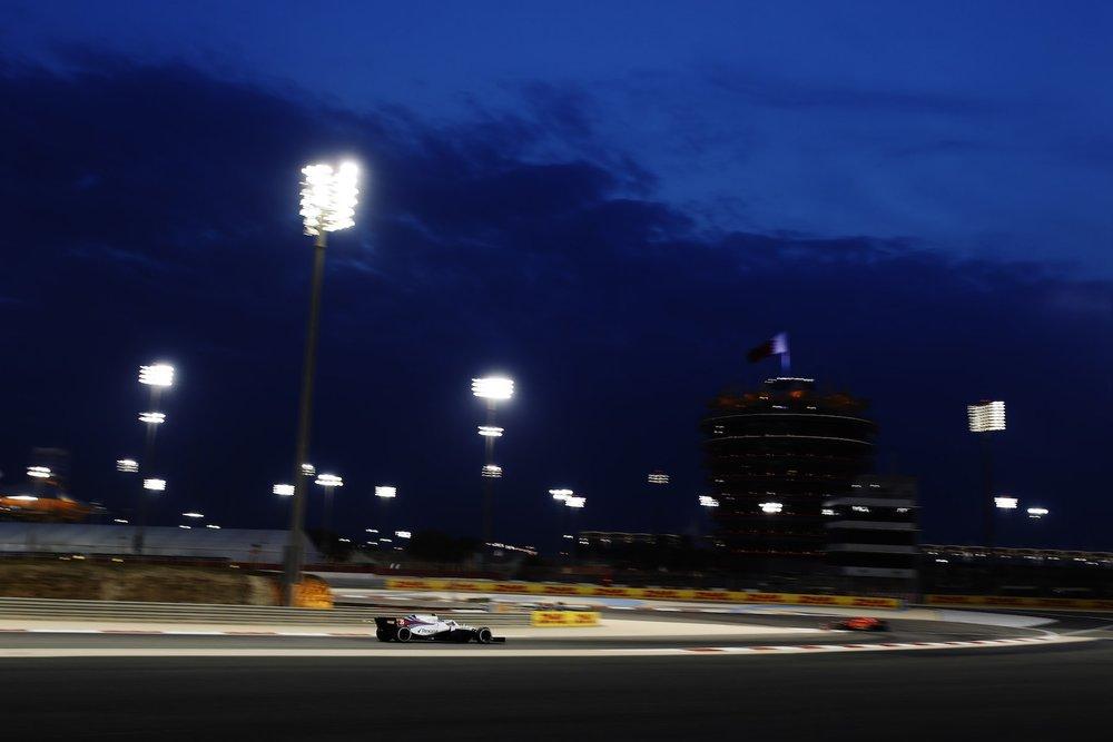2018 | Williams FW41 | 2018 Bahrain GP FP2 1 copy.jpg
