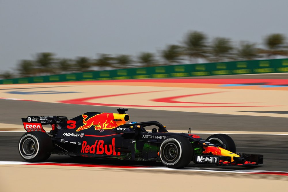 2018 Daniel Ricciardo | Red Bull RB14 | 2018 Bahrain GP FP1 Photo by Clive Mason copy.jpg