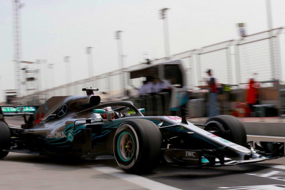 2018 Lewis Hamilton | Mercedes W09 | 2018 Bahrain GP FP1 1 copy.jpg