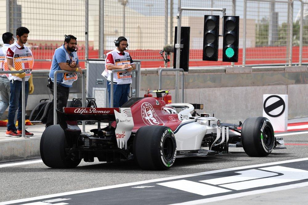 2018 Charles Leclerc | Sauber C37 | 2018 Bahrain GP FP3 1 copy.jpg