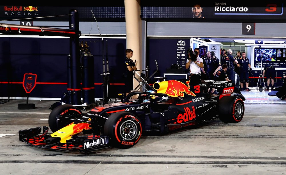 2018 Daniel Ricciardo | Red Bull RB14 | 2018 Bahrain GP FP3 1 Photo by Mark Thompson copy.jpg