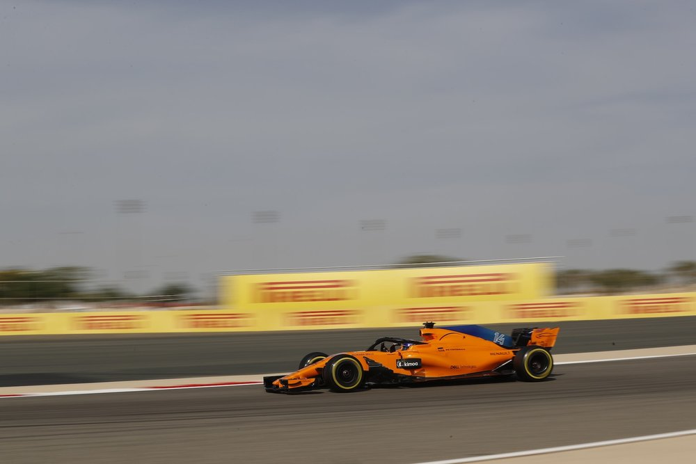 2018 Fernando Alonso | McLaren MCL33 | 2018 Bahrain GP FP3 1 copy.jpg