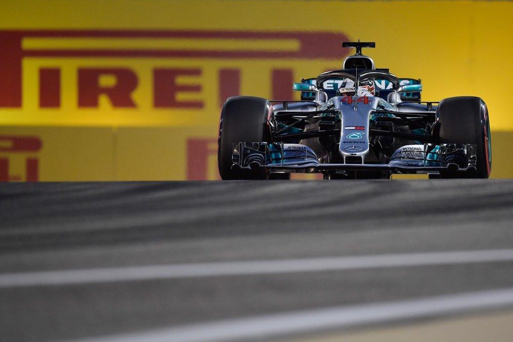 2018 Lewis Hamilton | Mercedes W09 | 2018 Bahrain GP Q 1 copy.jpg