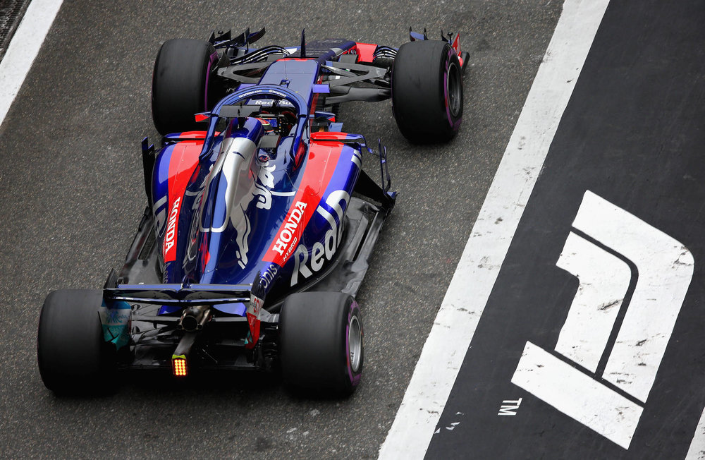 2018 Brendon Hartley | Toro Rosso STR13 | 2018 Chinese GP Q1 1 Photo by Charles Coates copy.jpg