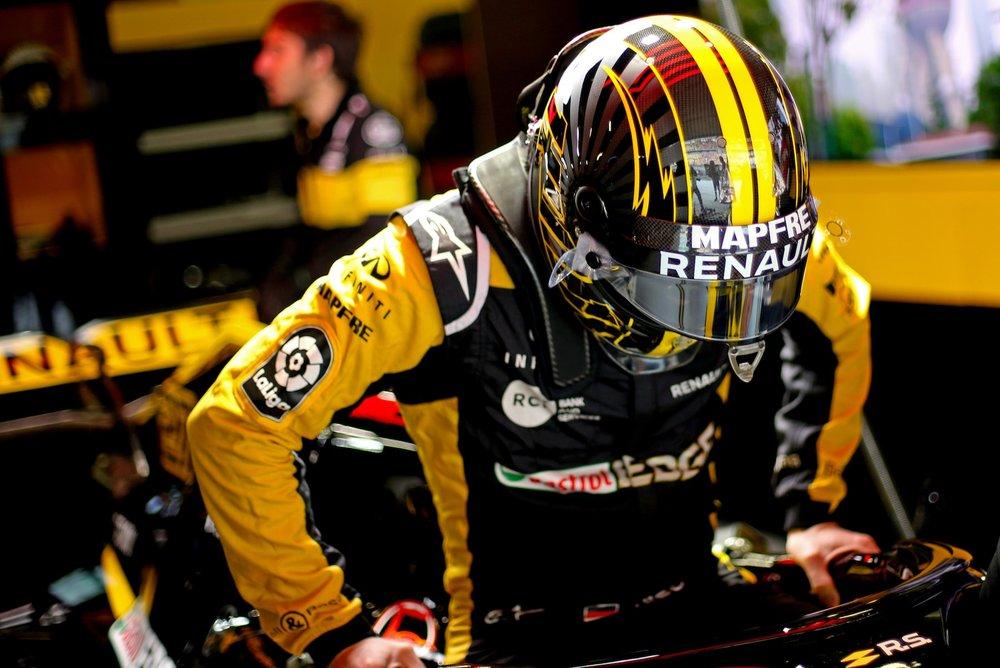 2018 Nico Hulkenberg | Renault RS18 | 2018 Chinese GP FP 3 1 copy.jpg