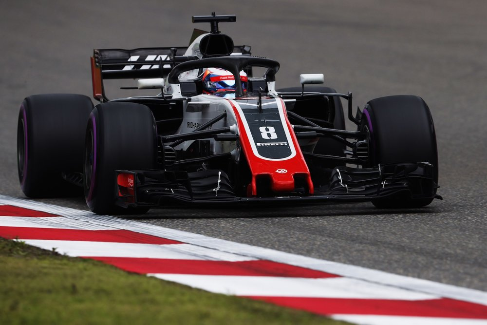 2018 Romain Grosjean | Haas VF18 | 2018 Chinese GP Q1 1 copy.jpg