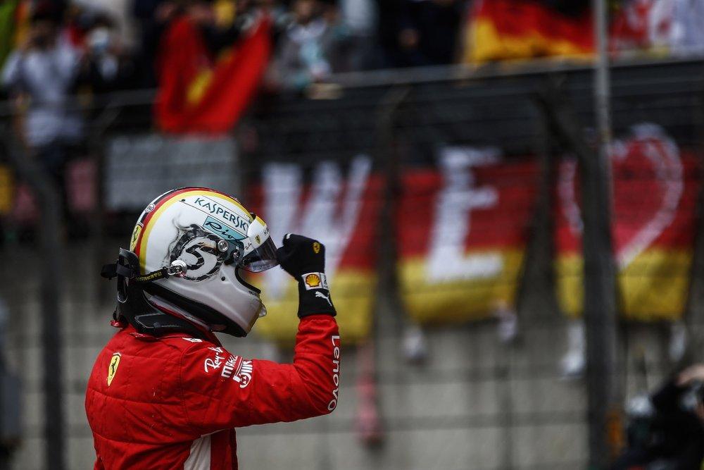 2018 Sebastian Vettel | Ferrari SF71H | 2018 Chinese GP Q3 P1 5 copy.jpg