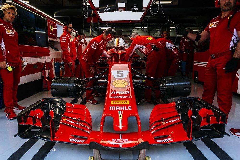 2018 Sebastian Vettel | Ferrari SF71H | 2018 Chinese GP Q3 P1 8 copy.jpg