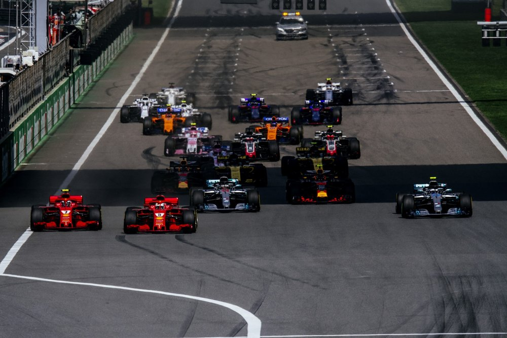 C 2018 Chinese GP start 1 copy.jpg