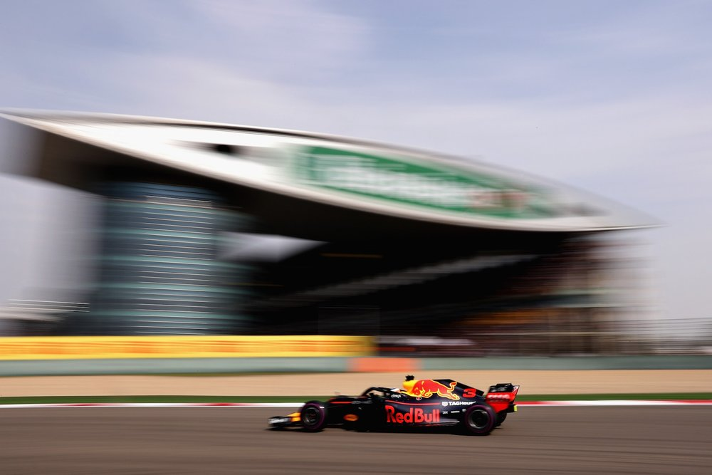 L 2018 Daniel Ricciardo | Red Bull RB14 | 2018 Chinese GP winner 1 Photo by Lars Baron copy.jpg