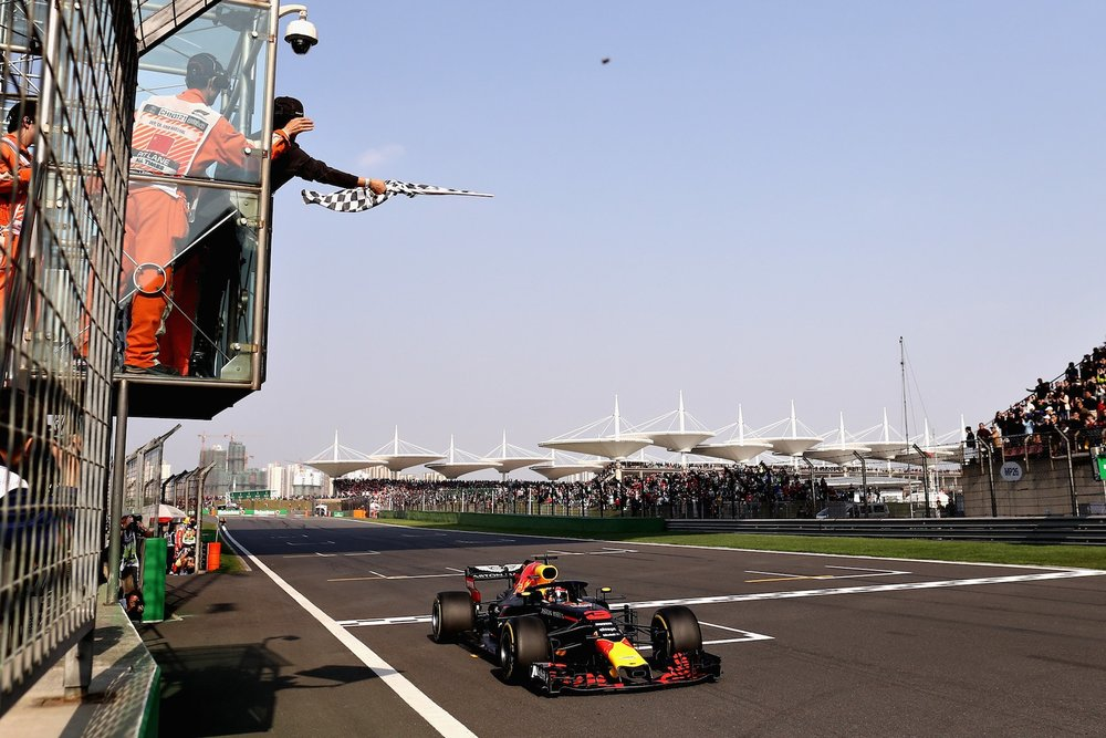 U 2018 Daniel Ricciardo | Red Bull RB14 | 2018 Chinese GP winner 2 Photo by Lars Baron copy.jpg