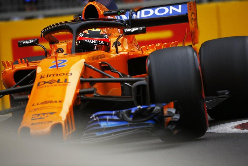 2018 Stoffel Vandoorne | McLaren MCL32 | 2018 Azerbaijan GP FP2 1 copy.jpg