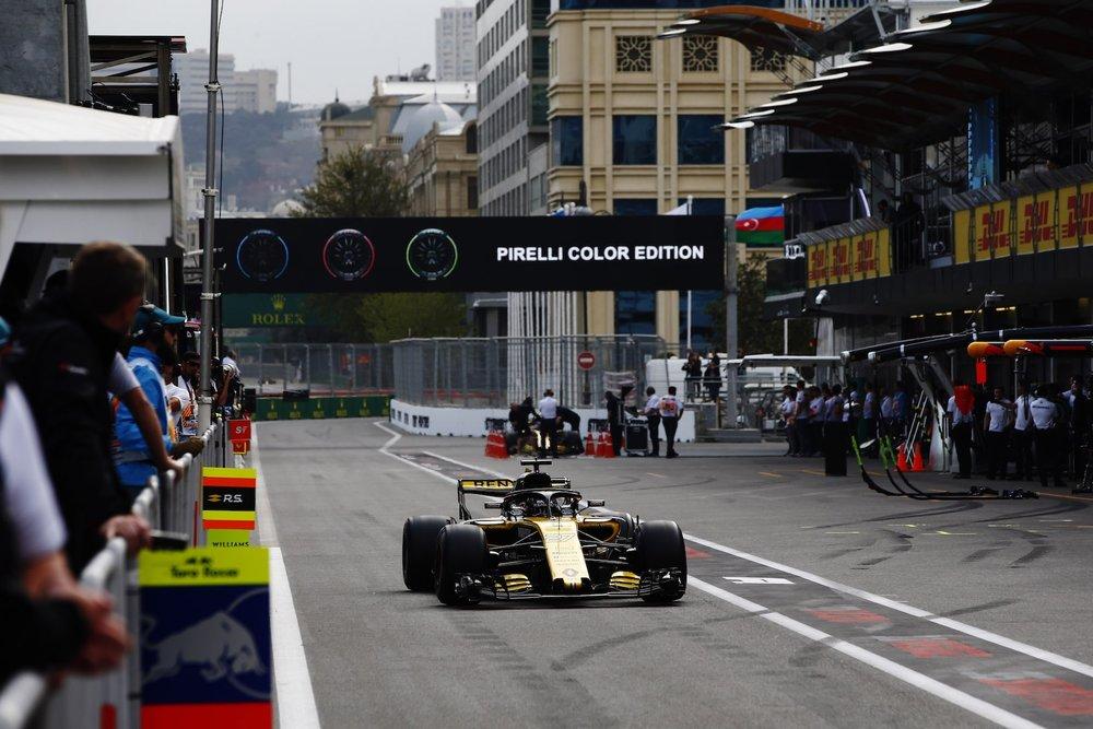 2018 Nico Hulkenberg | Renault RS18 | 2018 Azerbaijan GP FP3 2 copy.jpg