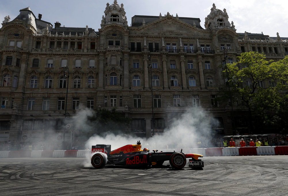 2018 Max Verstappen | red Bull Racing | The Grea Run Budapest 1 Photo by Laszlo Balogh 3.jpg