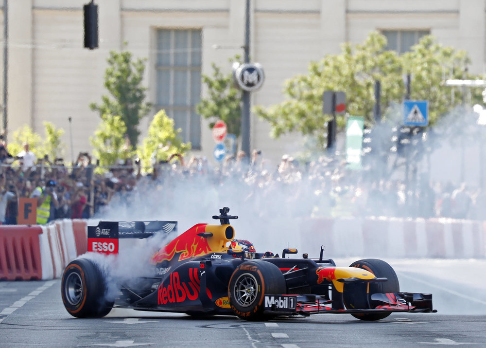 2018 Max Verstappen | red Bull Racing | The Grea Run Budapest 1 Photo by Laszlo Balogh 8.jpg