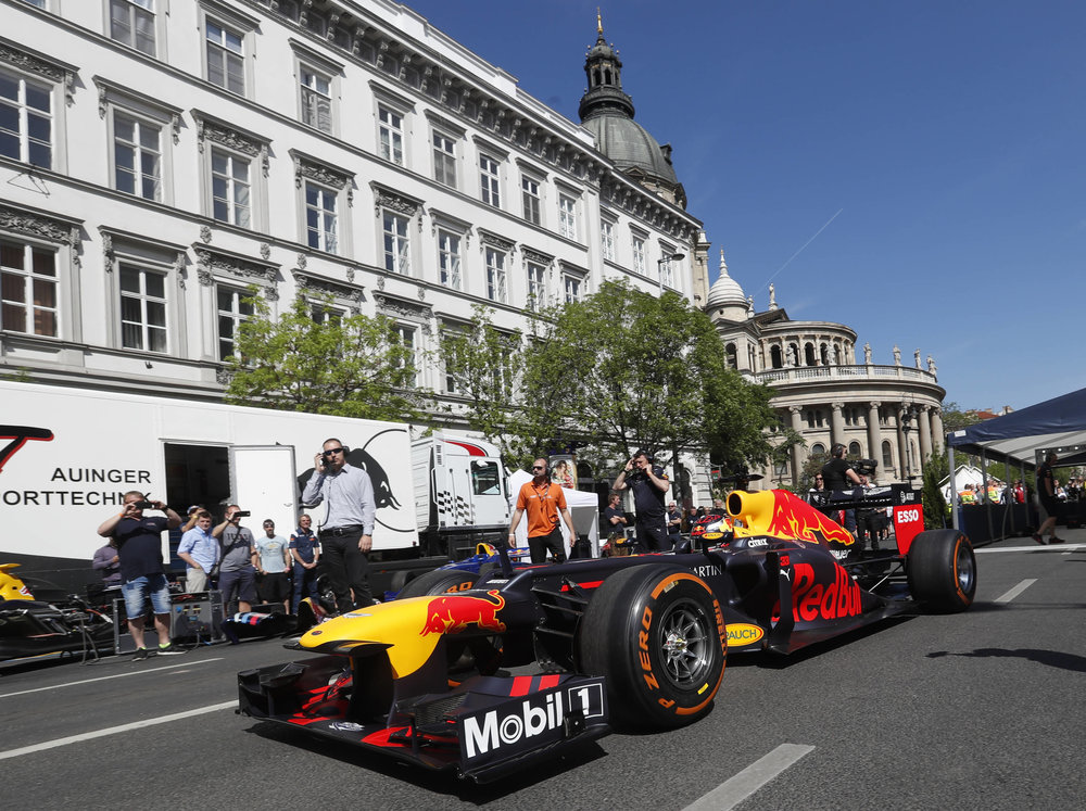 2018 Max Verstappen | red Bull Racing | The Grea Run Budapest 1 Photo by Laszlo Balogh 7.jpg